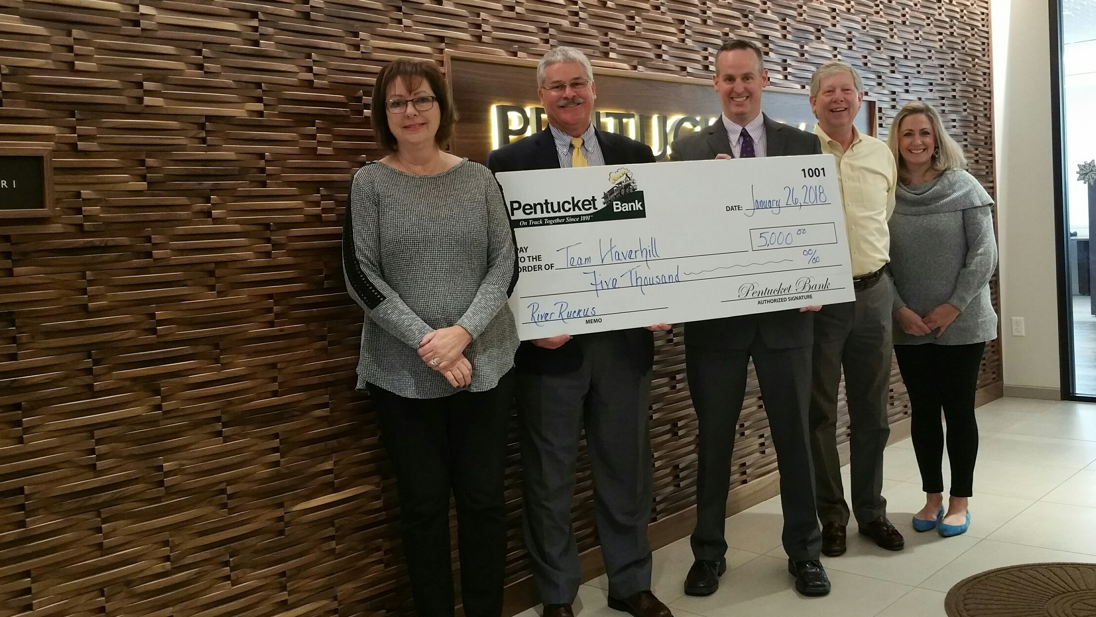 Pentucket Bank donates $5,000 to Team Haverhill
